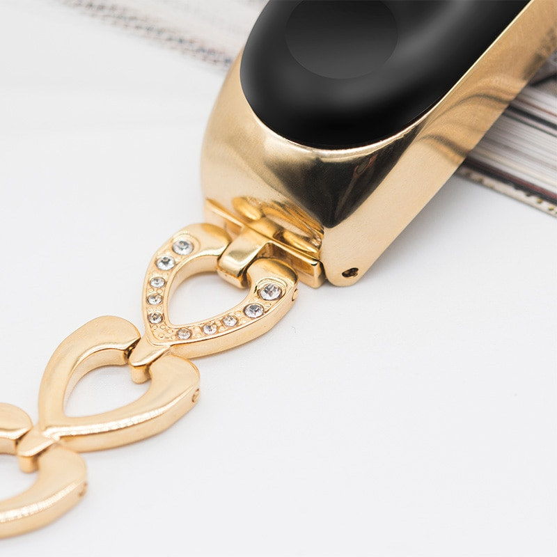 Heart Shaped Metal Bracelet for Xiaomi Mi Band 3 and 4